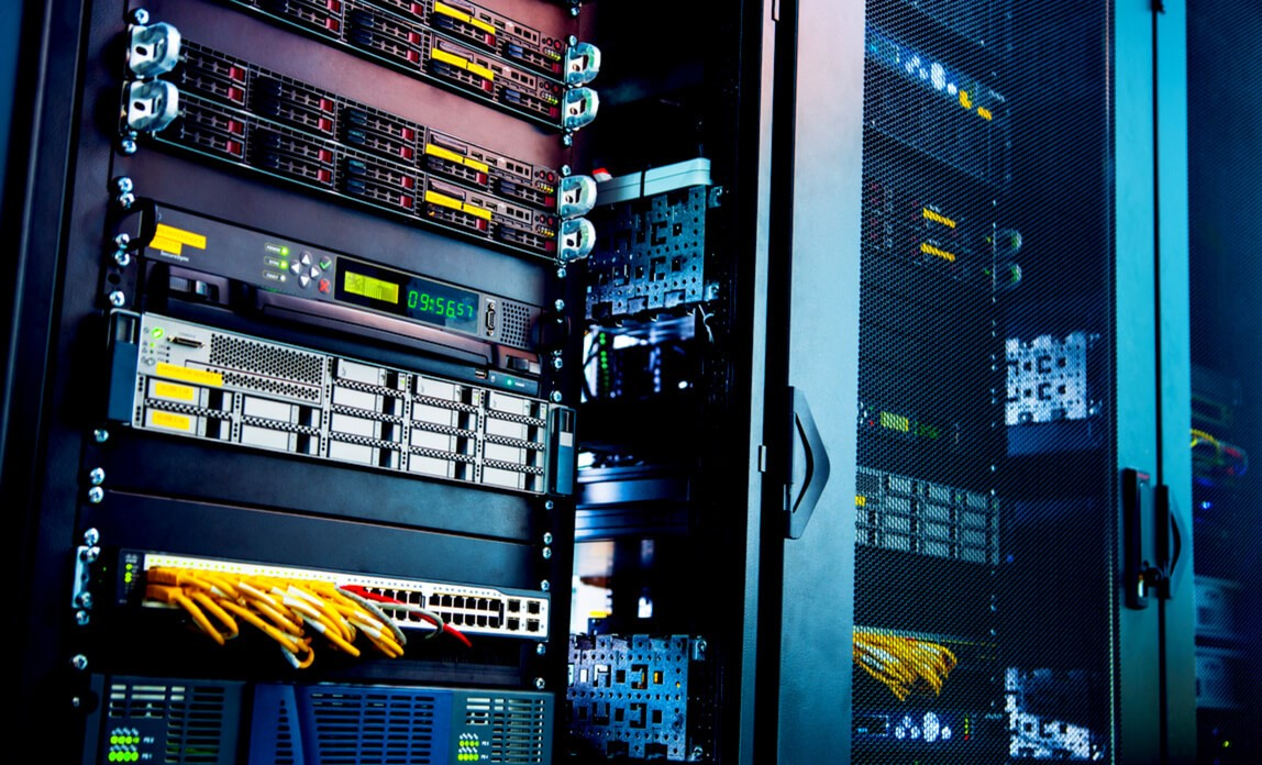 Какой хостинг выбрать для сайта? Что такое хостинг и домен?